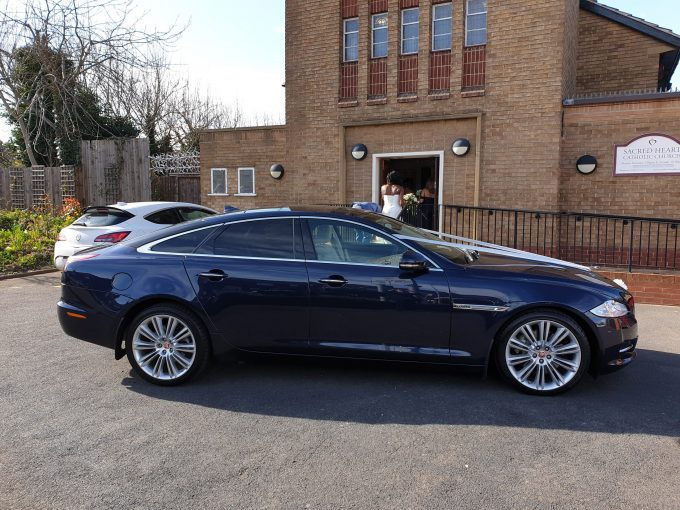 www.leicesterweddingcars.co.uk