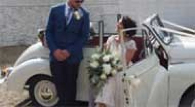 Mollys Classic Wedding Cars