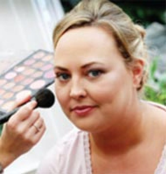 Jodie Elizabeth Make-up Artist